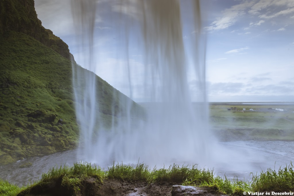 """Islàndia, juliol 2013 – Dia 2: Més cascades, la platja i el """"Gran Canyó"""" islandès"""