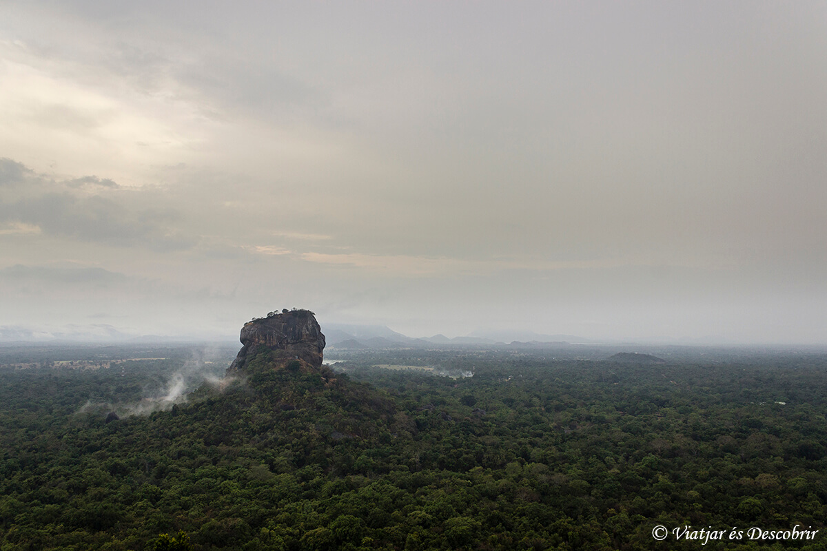 paisatges del viatge a sri lanka com la sigiryia