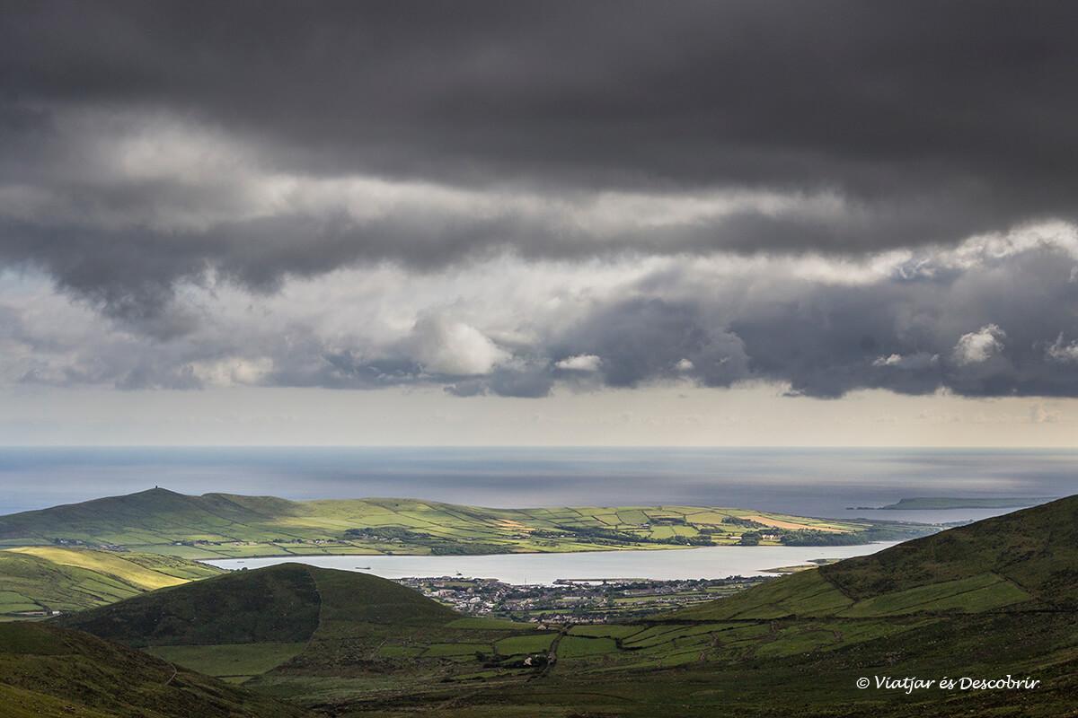 panoramica durant la ruta per irlanda amb cotxe