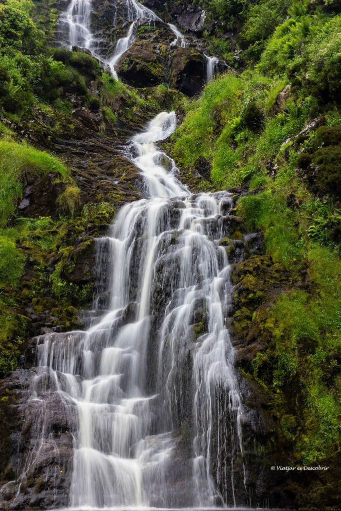 cascada tipica del viatge a irlanda