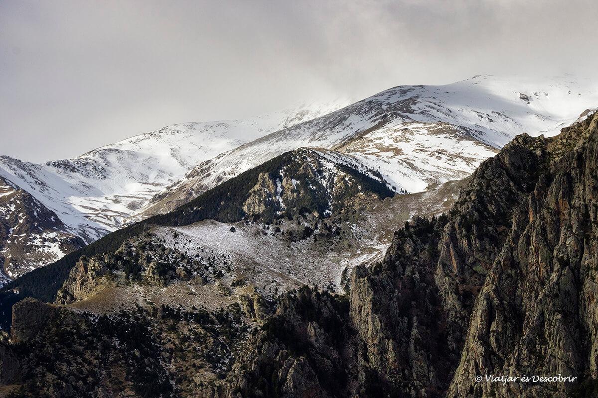 cims visibles durant l'ascensió al refugi de coma de vaca