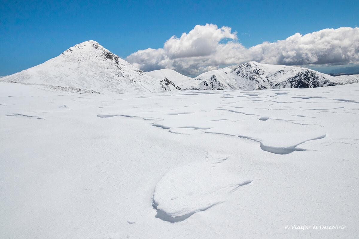 paisatge nevat excursions des de la vall de nuria