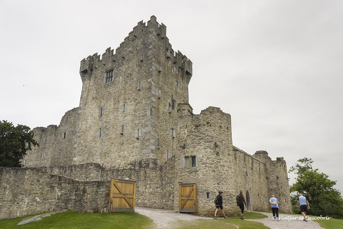 Castell de McCarthy és un dels més famosos d'Irlanda