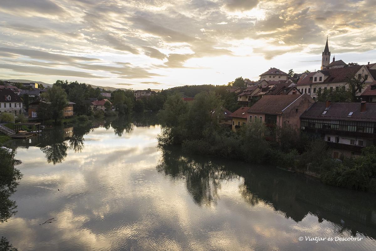 novo mesto al final del dia del viatge a eslovenia per maribor i ptuj
