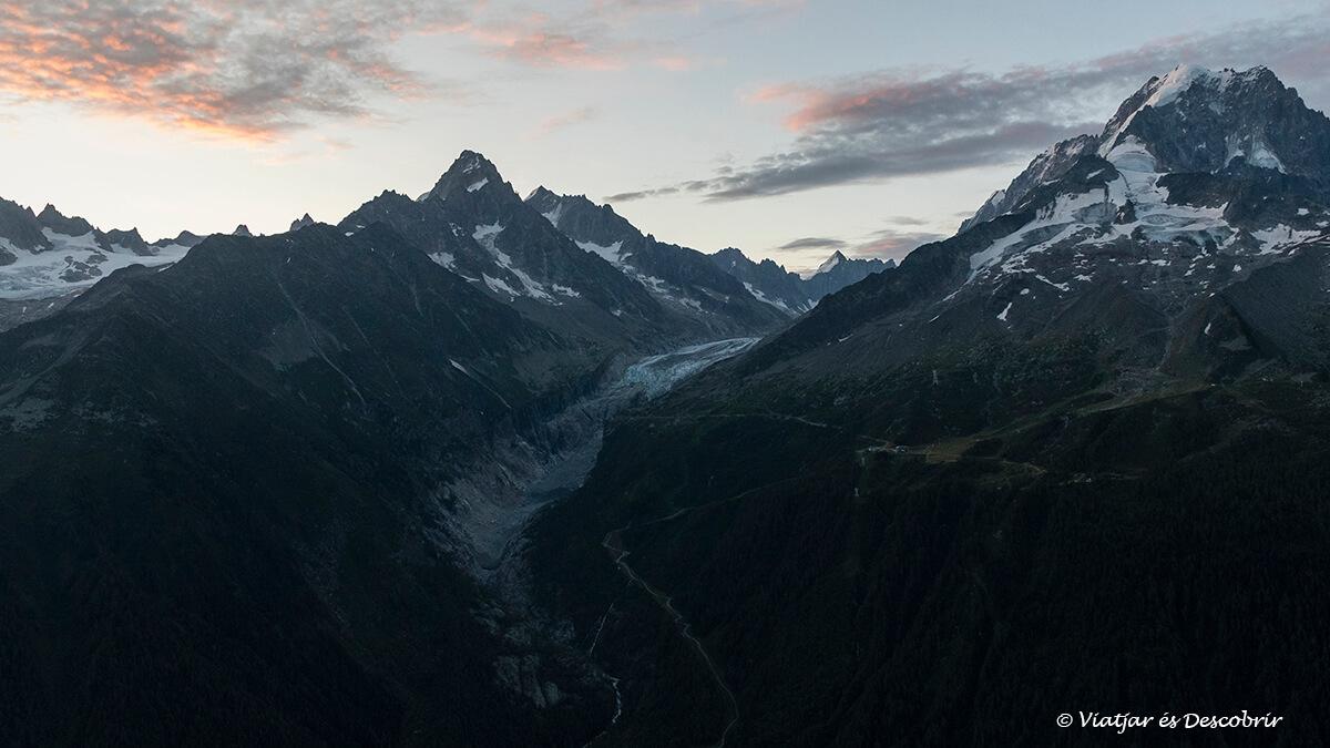 sortida de sol al mar de glace als alps francesos
