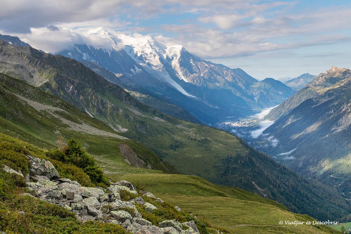 panoramica de la vall de chamonix des del refugi de albert I