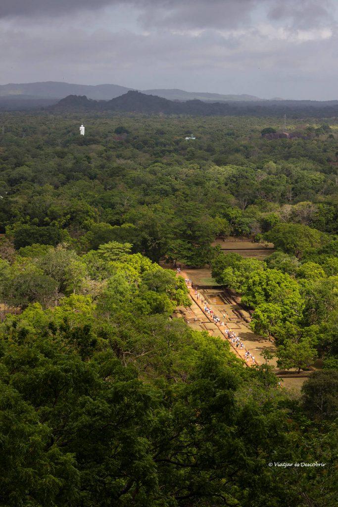 vista panoramica des de la roca de sigiriya