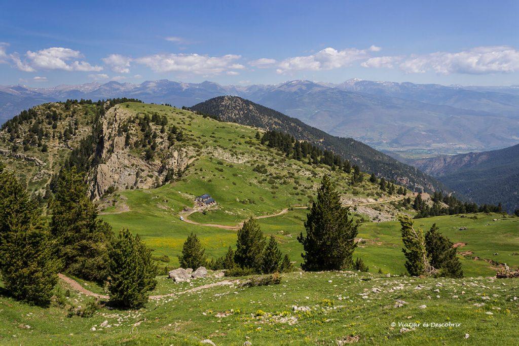 paisatges d'un dels refugis del pirineu que cal visitar