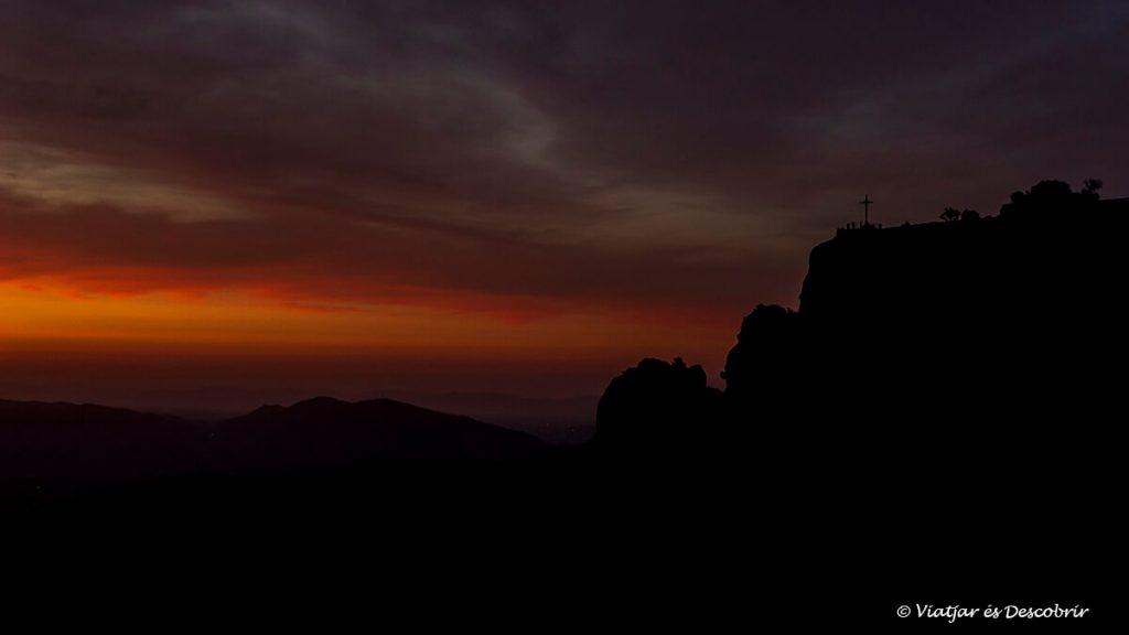 sortida de sol a la creu de sant miquel